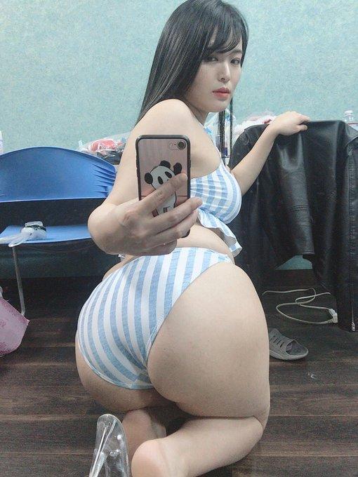 グラビアアイドル藤崎真帆のTwitter自撮りエロ画像8