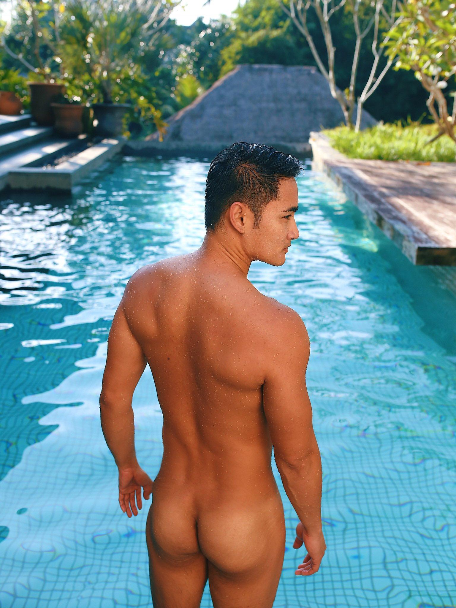 2011 - 2012 | Manhunt - Mister International - Mister Universe Model | Hawaii - USA | Rhonee Rojas - Page 35 EMYABtuUUAAT1nt?format=jpg&name=4096x4096