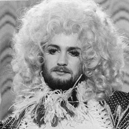 Happy Birthday to Noel Edmonds, telly superstar, who is 71 today!