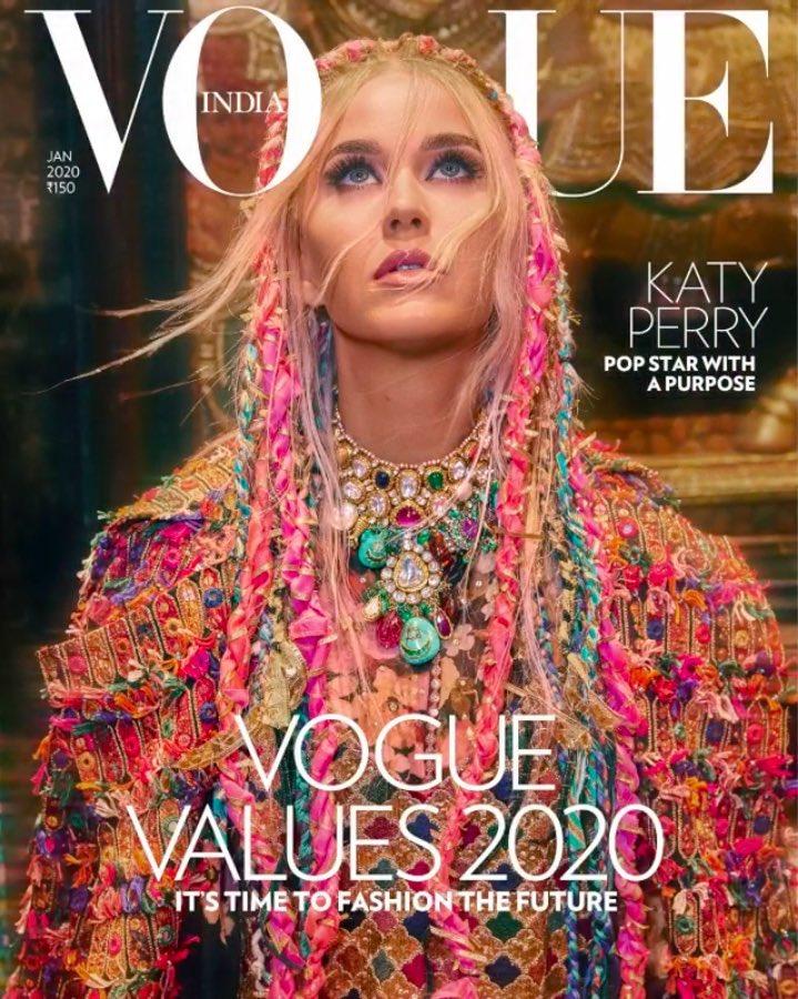 Katy Perry estrela capa de janeiro da Vogue India