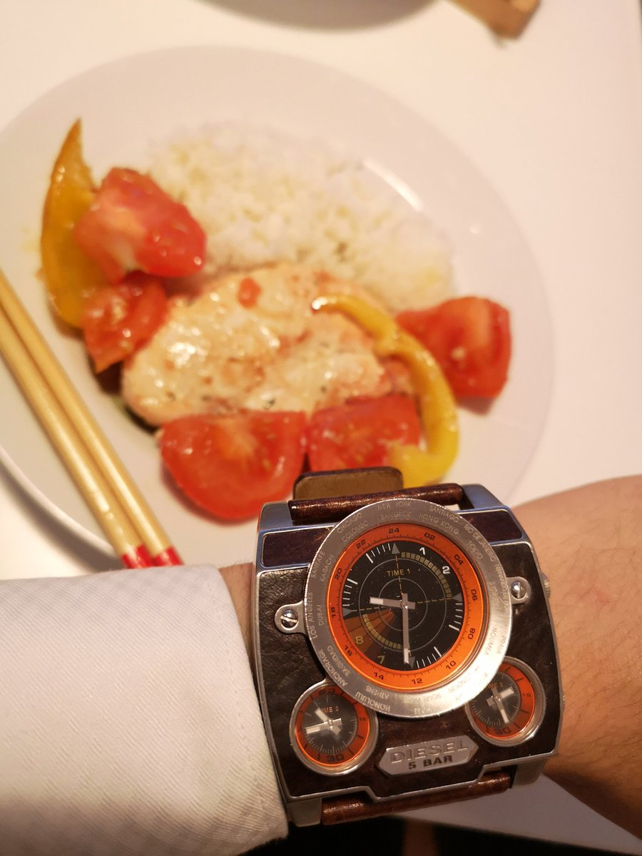 #Geek 🤓 Awesome of the Day: Retro Oversized #Steampunk ⚙️ Wrist #Watch⌚ With Orange Bezel via @abcxyz_jp #SamaWatch #SamaGeek