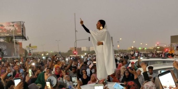 From #FeesMustFall to #BlueforSudan: OkayAfrica's Guide to a Decade of African Hashtag Activism  The 2010s saw protest movements across the continent embrace social media in their quest to make change.    http:// bit.ly/2RrM44k    <br>http://pic.twitter.com/xwf5JfiARg