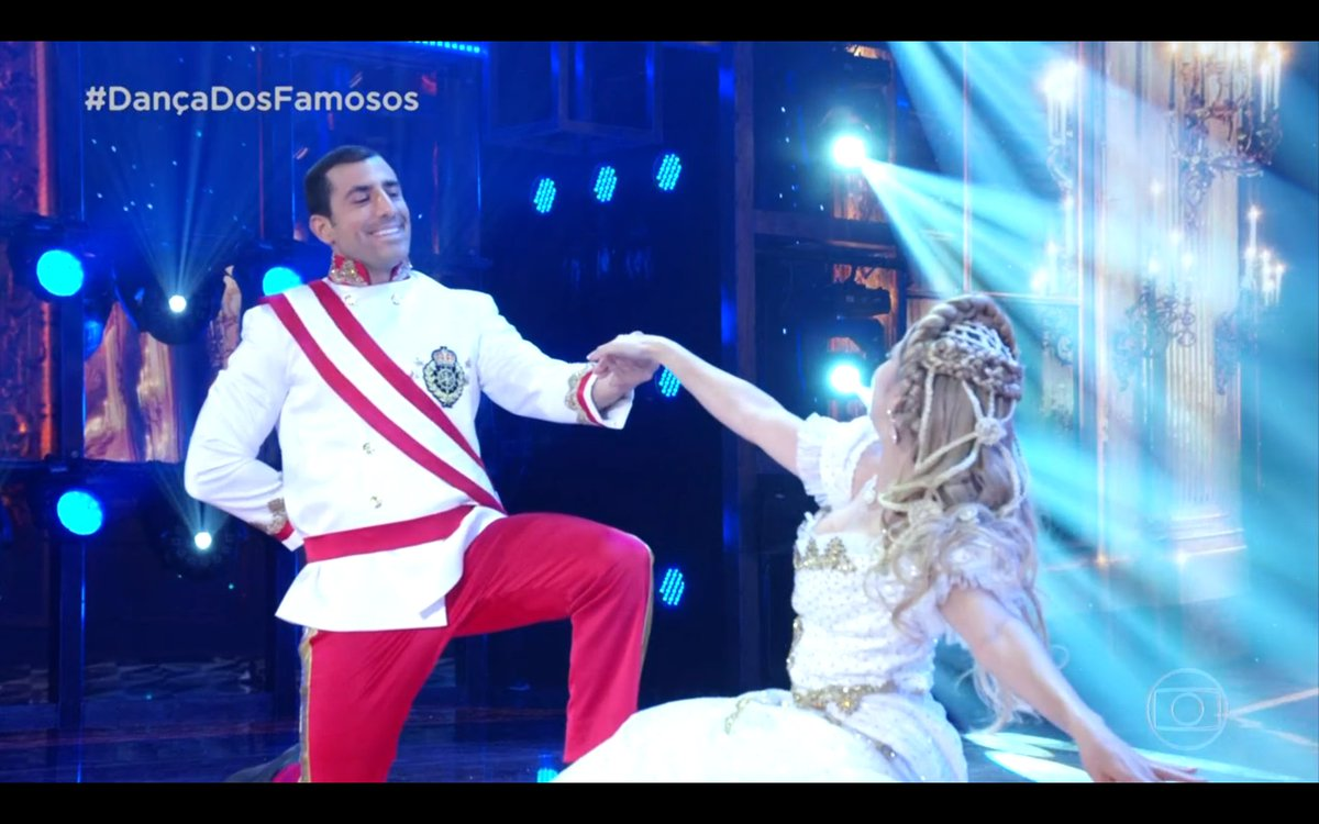 RT @ZAMENZA: Que bonita apresentação do Kaysar na valsa!!!!! #DançadosFamosos https://t.co/Z7WAgfpzwz