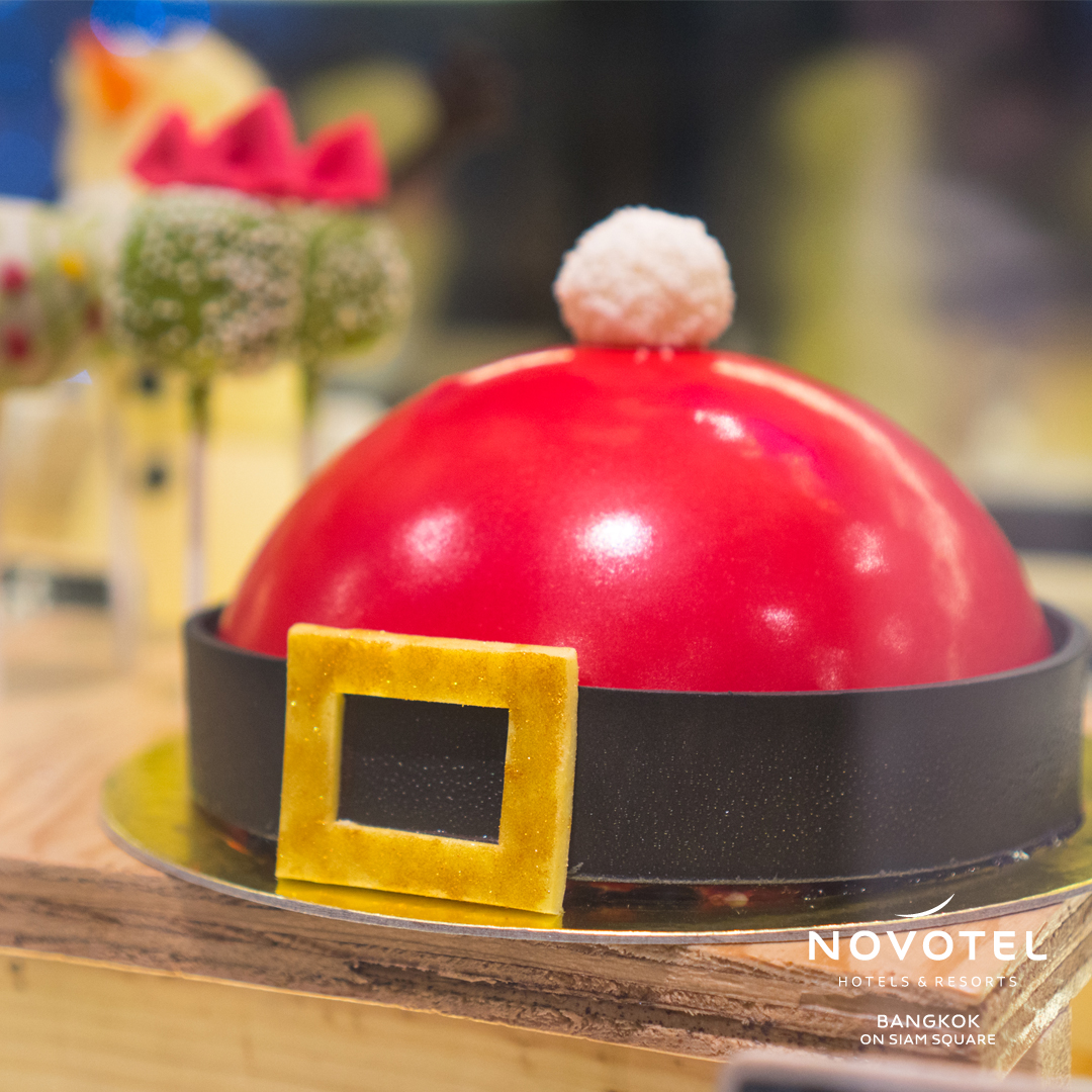 🌲🎅Only 4 days left until #Christmas. Pick up your Christmas cake at Sweet block to celebrate with your loved ones  :)  https://t.co/GHdIjmHDBQ #Christmas2019 https://t.co/yHAjSYd6gP