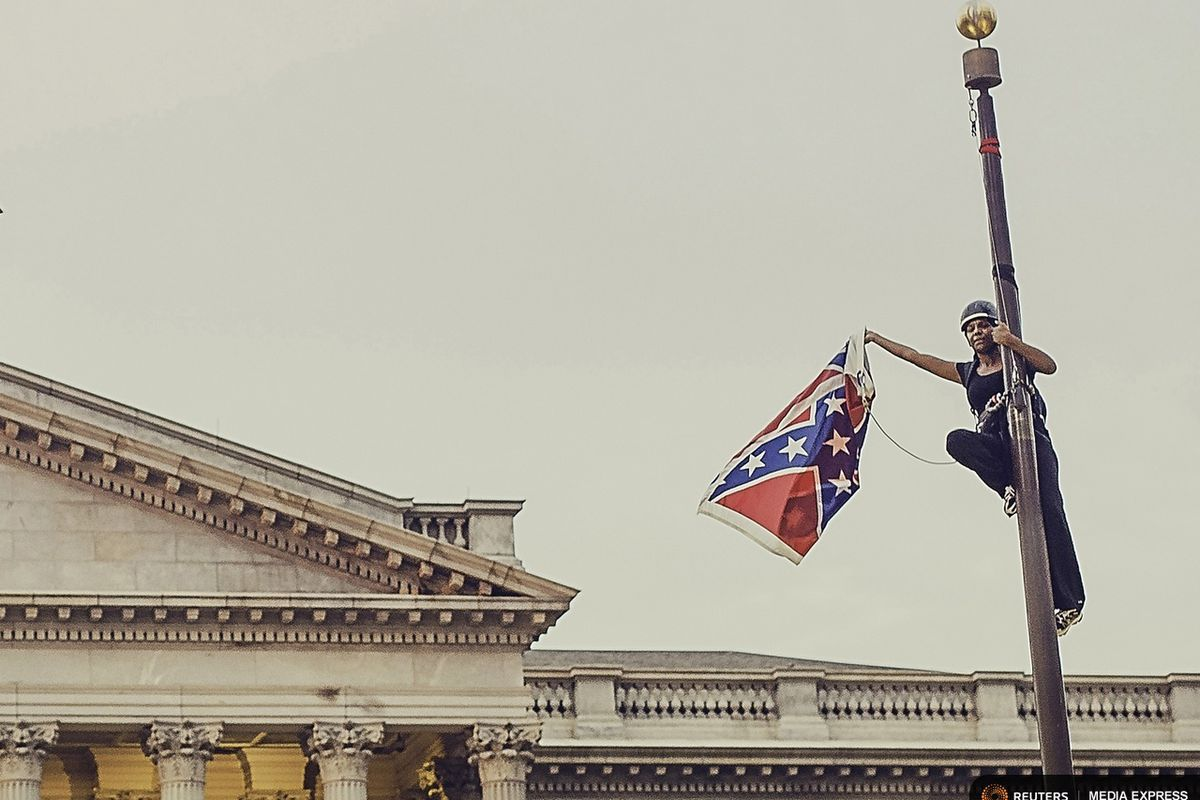 The despicable pro- #Slavery  #ConfederateFlag *still* flying from government buildings was one of those intractable things about American life right up until  #TakeDownTheFlag began trending and a movement was born (or perhaps the reverse) & down that despicable thing came /52