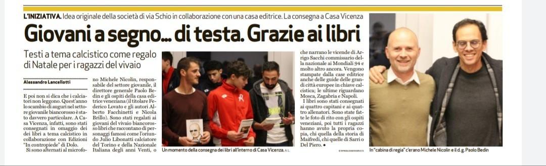 Abbiamo consegnato a Casa Vicenza 100 volumi destinati ai calciatori del settore giovanile del Lanerossi. Perché, ragazzi, con un libro in mano sarete un giorno uomini un po' più liberi.  @RenzoRosso