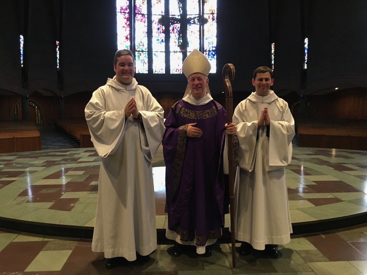 Congratulation to Brothers Francis and Aloysius on their next step toward priesthood!  Read more here: http://ow.ly/PAoc50xGFte  #monklife #meninblack #minororders #priesthoodpic.twitter.com/fHXnJQTJvx