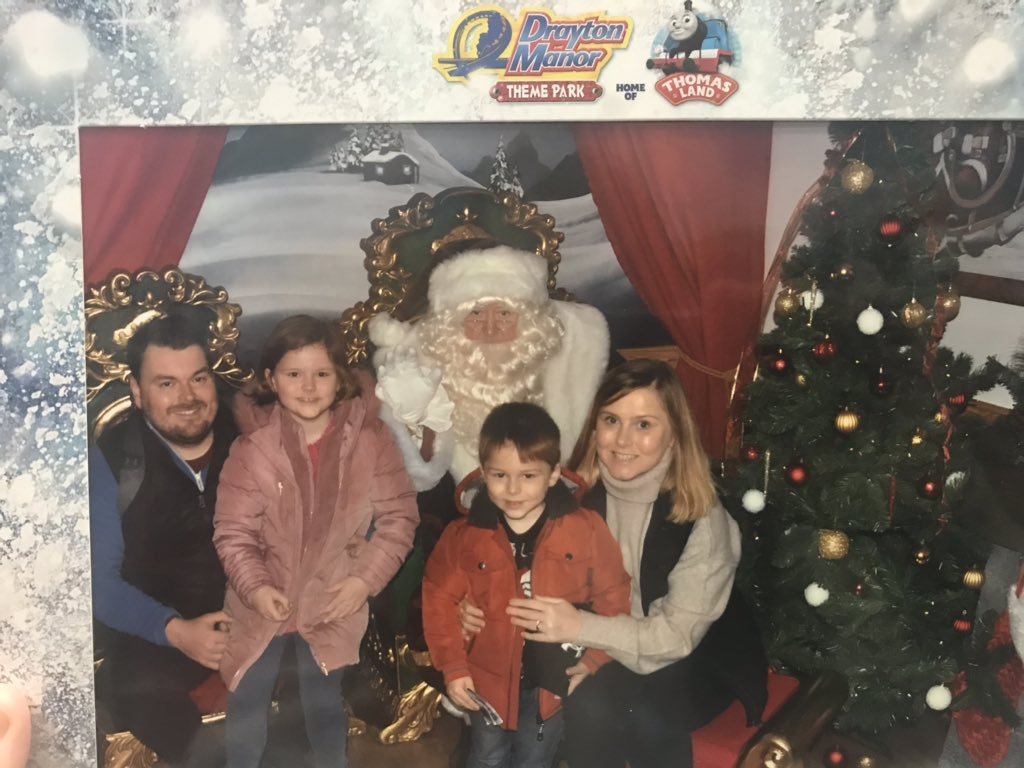 Having a fantastic family day out @DraytonManor - rides and Santa 🎢🎅🏼👍 @FletcherTGCh #DraytonsMagicalChristmas