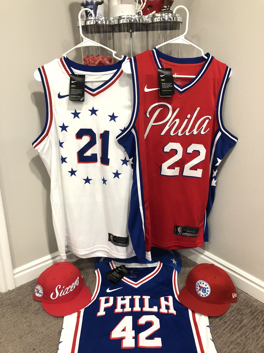 HAPPY HOLIDAYS!!!  The season of giving calls for another giveaway! Here's all you gotta do:  - Retweet & follow - Tag someone you feel deserves to win & why  Prizes:  - Embiid, Horford & Thybulle jerseys - 2 New Era Sixers 🧢  Winner selected Christmas Day! Good luck! Go Sixers! https://t.co/lE3oxxjXt6