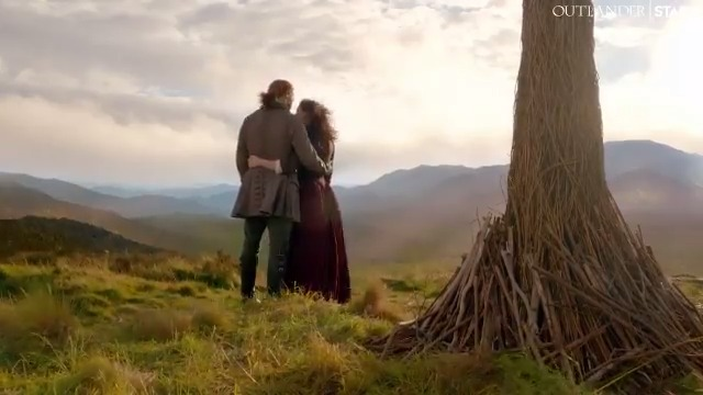 We have a gift for the best fans ever. 🎁 Here's your first look at the new opening credits for #Outlander Season 5. Happy holidays!