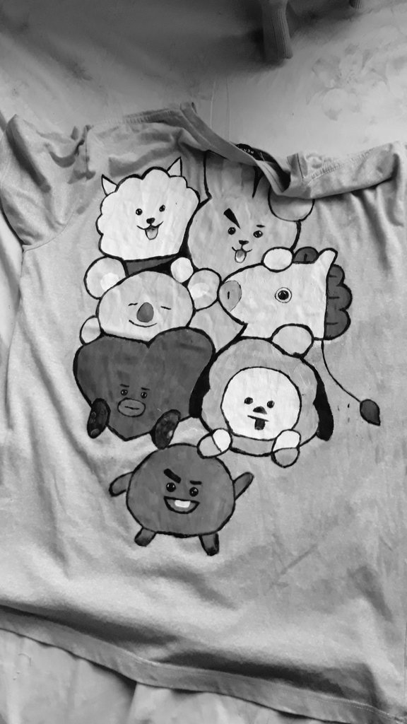 I really want to have a BT21 merch, but I can't afford even one of them so I decided to just make one. And here's what it looks like. 💜💜 . Wala na mga paint brush ko kaya yung make up brush nalang 😂