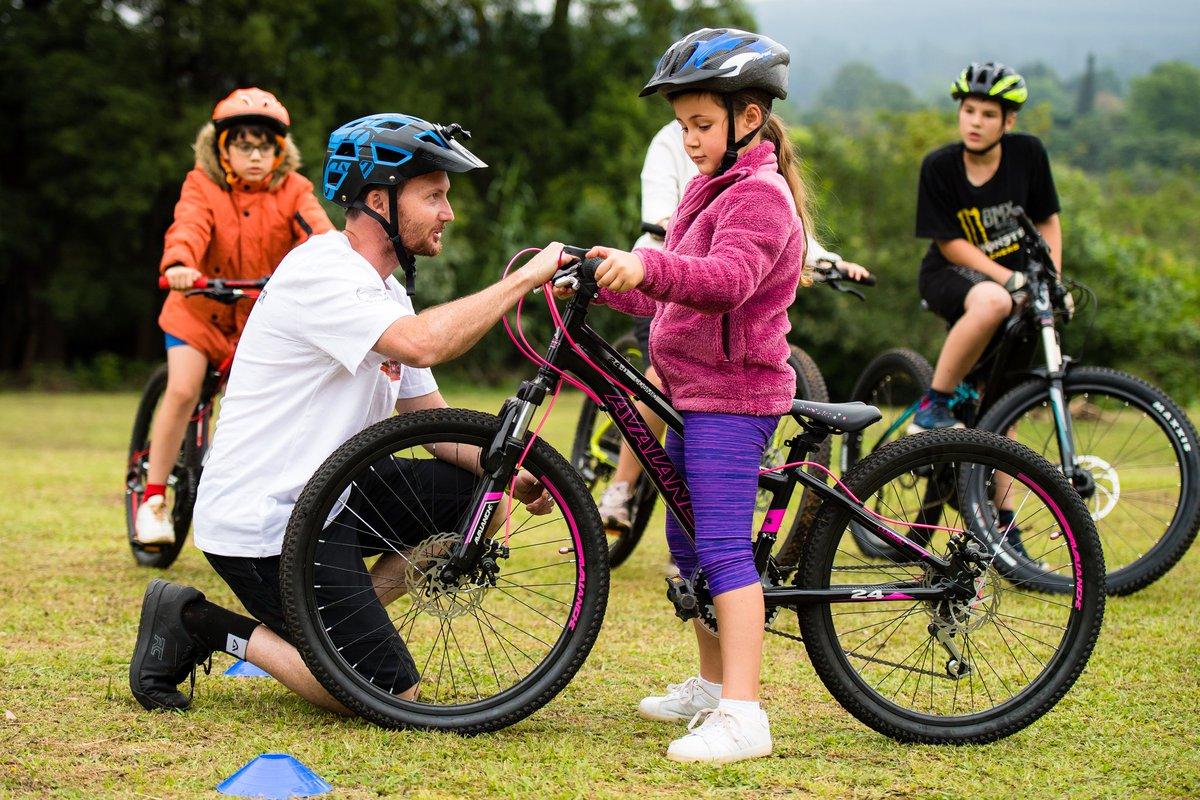 """I aim to get more people mountain biking"" #mtb #mountainbiking #girlrider #youngmtbrider #training #goalspic.twitter.com/ngo2QV1tL6"