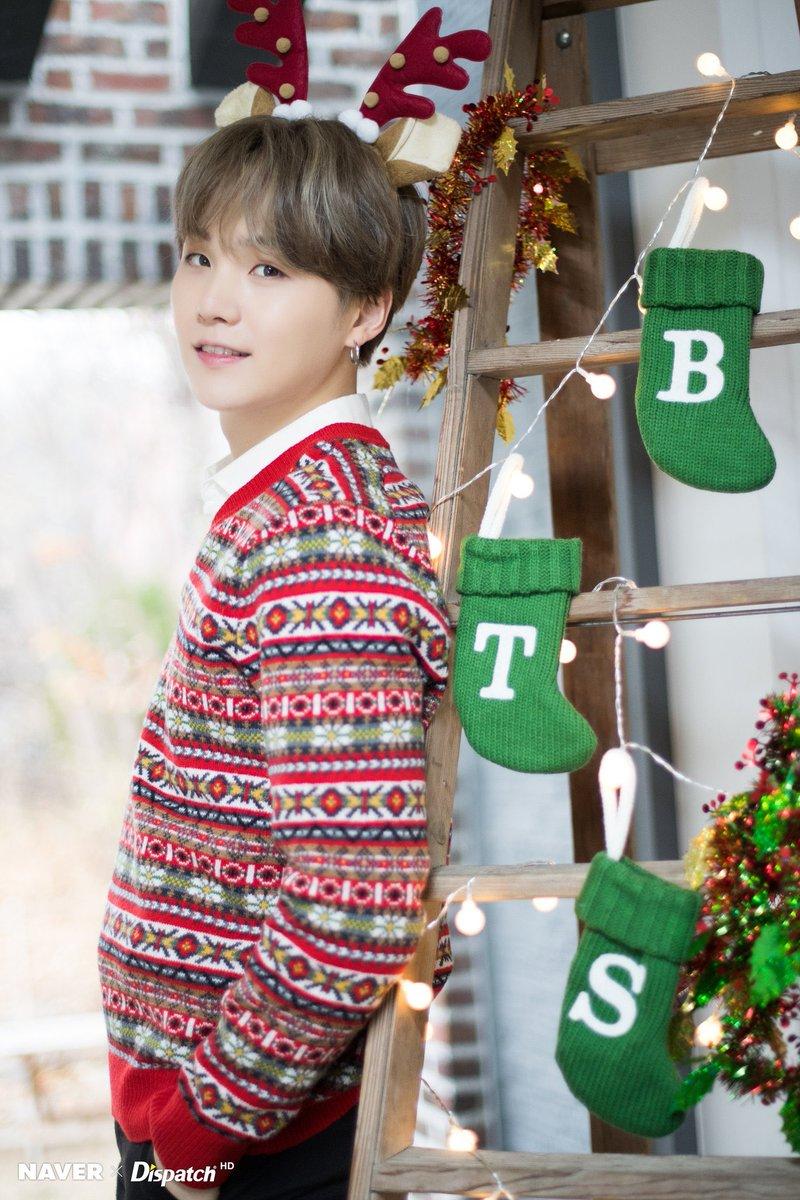 ᴮᴱbora On Twitter Naverxdispatch Bts Christmas Pics 1 Bts Twt Bts 방탄소년단