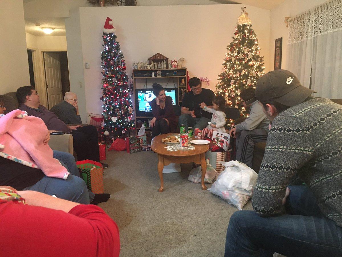 Christmas Eve 2019 #thankfulforfamily <br>http://pic.twitter.com/x8kf5njp1R