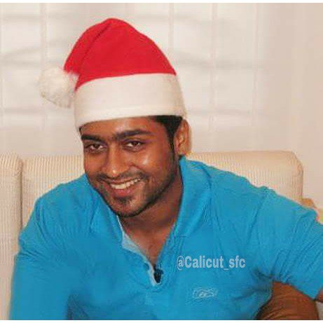 Wishing everyone a Merry Christmas ⛄🎄🎅🏼🎁  #MerryChristmas2019 #Christmas #HappyChristmas #Suriya #RarePic