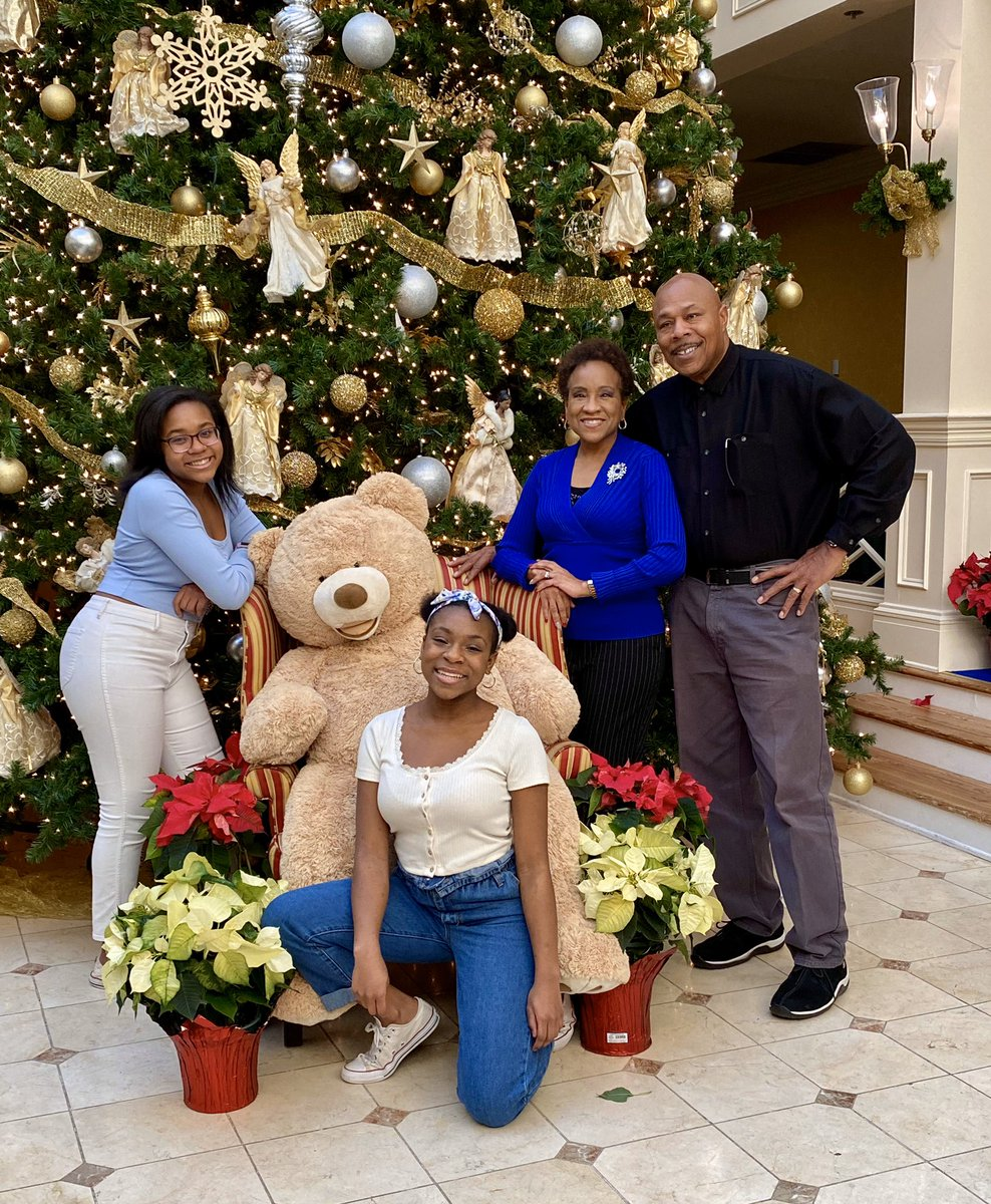 Merry Christmas! Wishing you all a happy and healthy New Year! Love, Cadillac, Bonita, Cheyanne and Celina