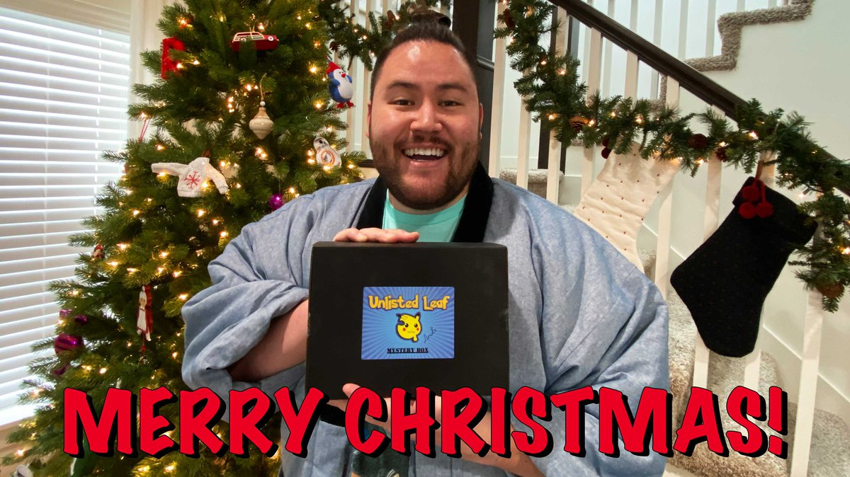Merry Christmas everyone! Celebrate with me as I open a very special Christmas mystery box from none other than @unlistedleaf! Hope you guys have the best day! Thank you for supporting me through this new adventure! https://youtu.be/m3jHVdGZ6CA #omaash #pokemonchristmas pic.twitter.com/tl7YKh29ND