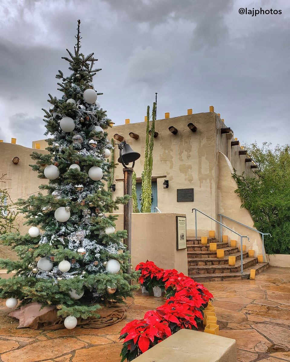 Visit Phoenix On Twitter Cloudy Days Can T Stop Us From Enjoying The Holidays In The Desert Merry Christmas Phoenix Lajphotos Las Noches De Las Luminarias At Desert Botanical Garden