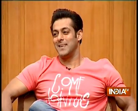 ONE MONTH TO SALMANs BDAY  'Time pass karne ki aadat hai meri'- replied Salman when I once asked him in #AapKiAdalat why he had the habit of making too many guest appearances.   @BeingSalmanKhan