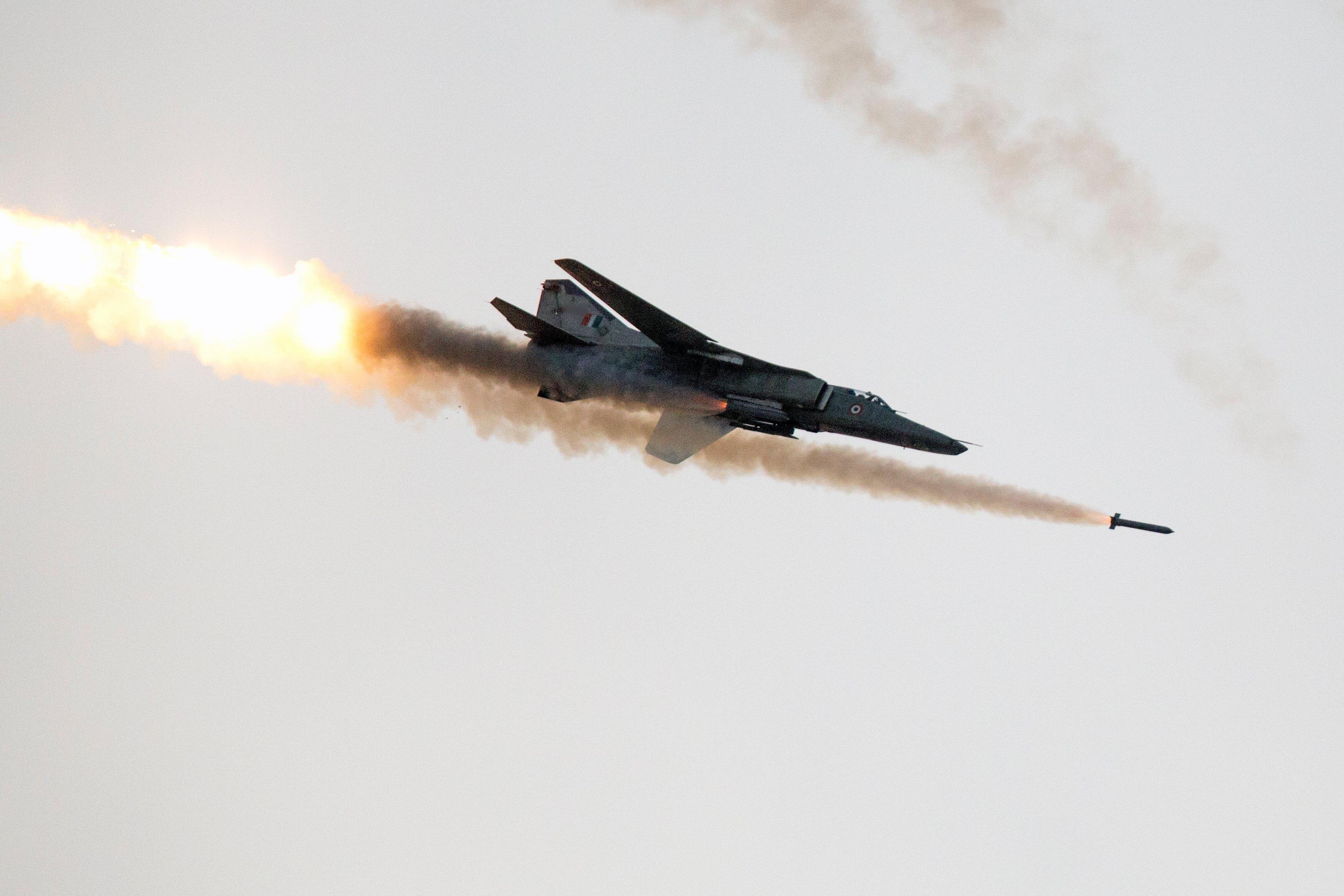 IAF's MiG-27 aircraft bids farewell, takes last flight in Jodhpur