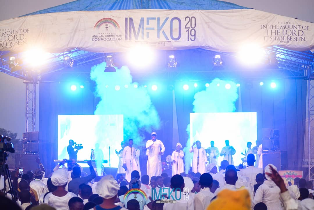 TELL US YOUR FAVOURITE PERFORMANCE ON THE 1Mic1STAGE at #Imeko2019 ....  It was an awesome experience of quality music at the Pavilion during the Festival of praise at #ImekoXmasConvocation2019 #christmas #ChristmasIsOverNowI #BoxingDay @cccworldwideorg #CelestialMediaTeampic.twitter.com/LT3R5itDRj