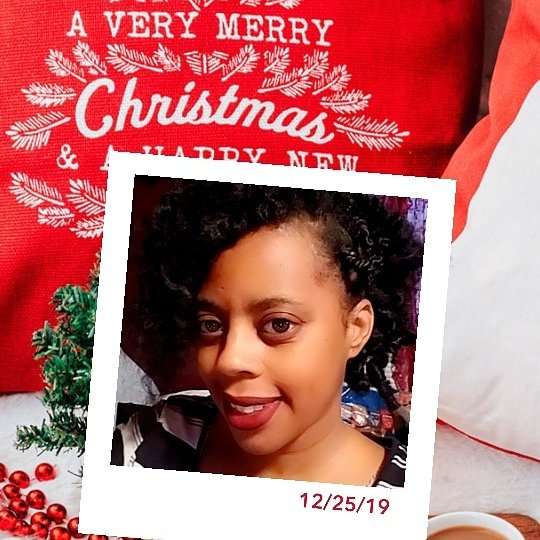 Have the most joyest of Happy Holidayspic.twitter.com/AfNqyAsHgY