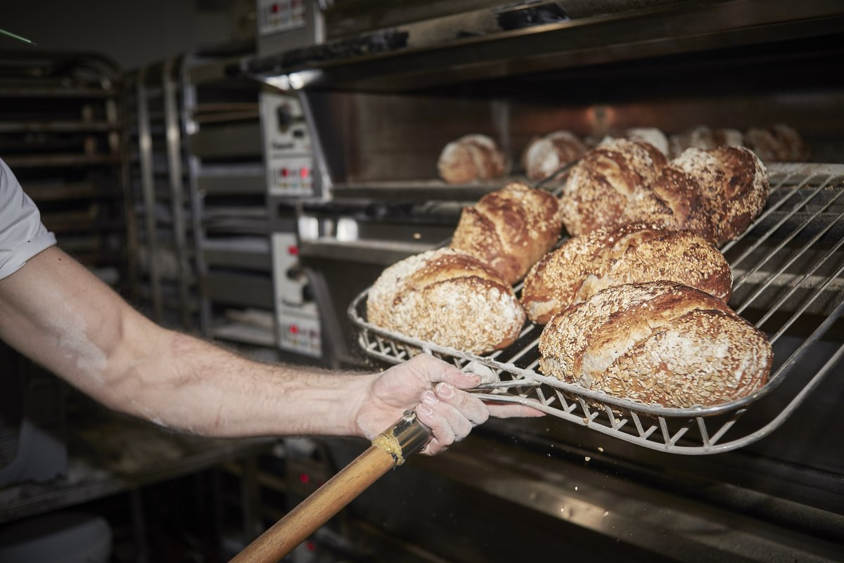 We are back on the baking! #festivebreak #parsonsbakery #weareparsons #artisanbakers #sourdough #lovebread