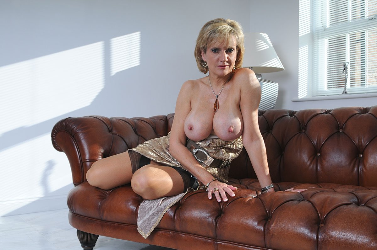 See And Save As Sexy Mature Lady Again Porn Pict