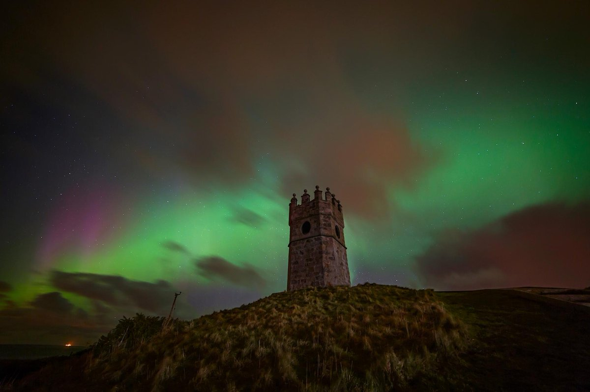 Is seeing the #northernlights on YOUR list for 2020? 🙋♀️🌟 #visitABDN 📍 Mounthooley Dovecot, #Aberdeenshire 📸 VisitScotland/ Discover Fraserburgh/ Fiona McRae