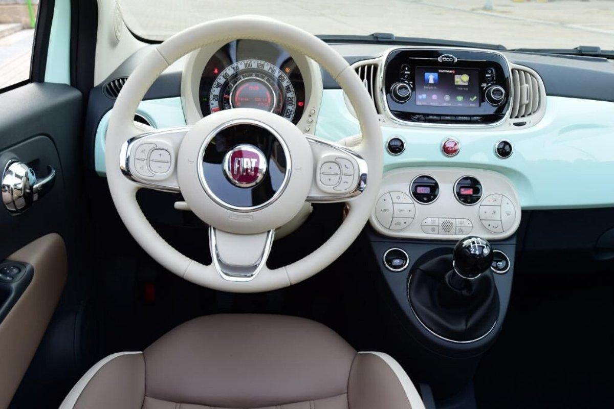 El interior del FIat 500 Cabrio es realmente una auténtica pasada https://www.maxirentibiza.com/rent-car-ibiza-alquiler-coche-ibiza/…  #coches #ibiza #cochesibiza #rentacaribiza #aeropuerto #car #fiat #fiatcabrio #cabrio #ibizabeach #beach #ibizacarspic.twitter.com/OfMPilzw2n
