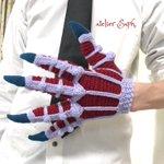 これがあれば妖怪相手でも怖くない?!「鬼の手」を忠実に再現した手袋を編んでしまう猛者が現れる!