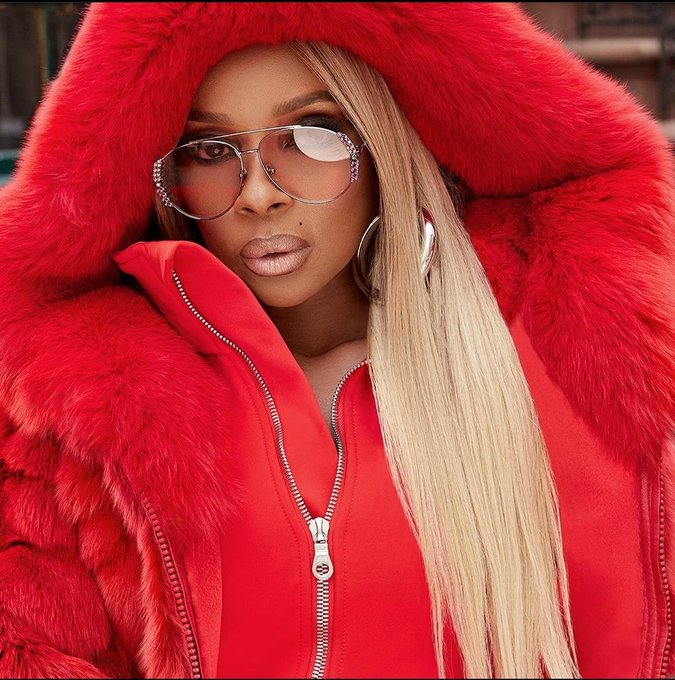 Happy birthday to the baddest, Mary J. Blige Keep stepping on necks bae!!