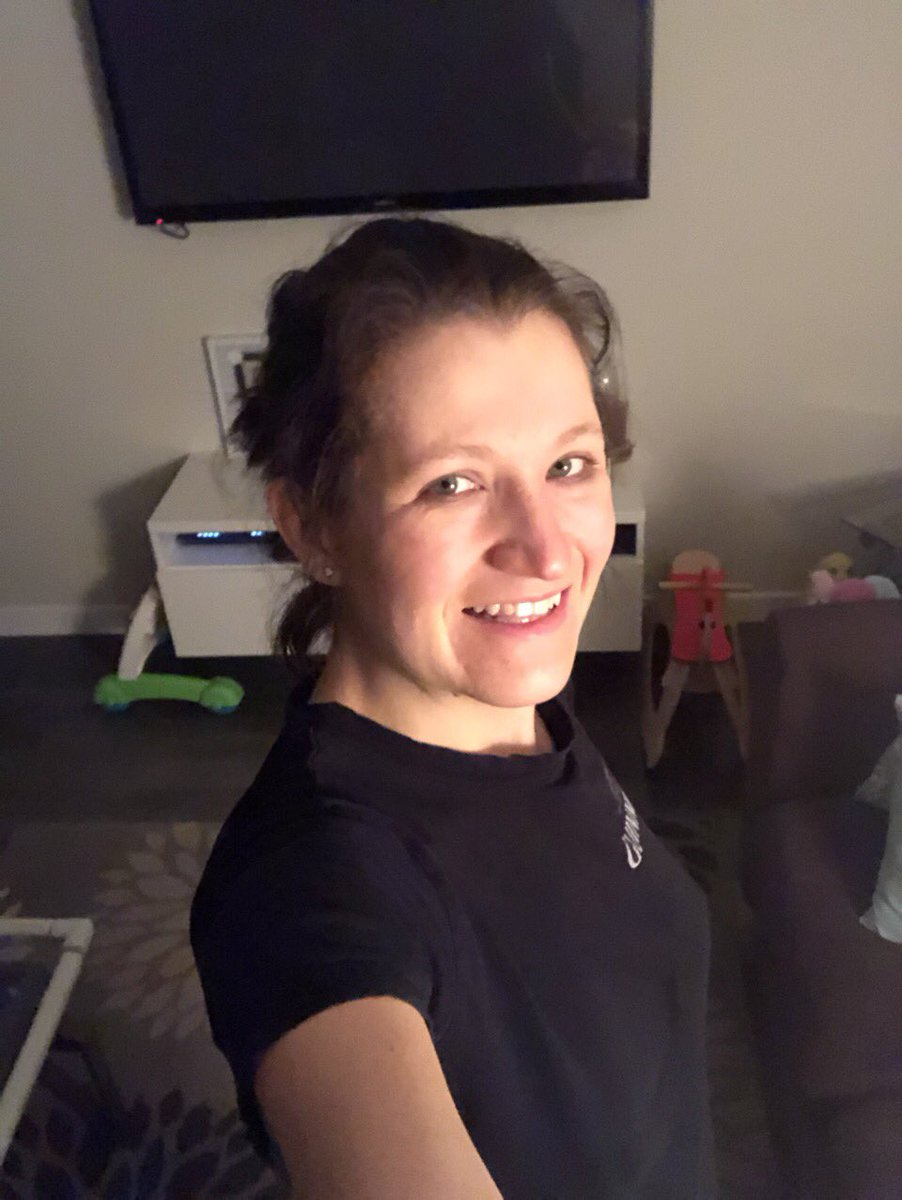 Week 1 of Barre Blend completed with Lean Legs Blend this morning   Please show your support for me with a vote!     #barreblend #everydayisbootyday #newyearnewme #resolutions #PBCHealthChallenge #usanalifestyle