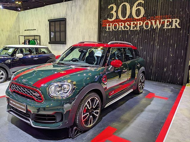 #sgMotorShow2020: The new #Mini #JohnCooperWorks #Countryman, with 306 horsepower, at the #SingaporeMotorshow, until tomorrow at Suntec Level 4 & 6.  #tech4tea #ttm #sgMotorShow @sgMotorShow #t4tSGmotorShow #t4tSGmotorShow2020 #t4tMotoring #t4tPreviews #… https://ift.tt/35NLAJr pic.twitter.com/oEszUbhq0m
