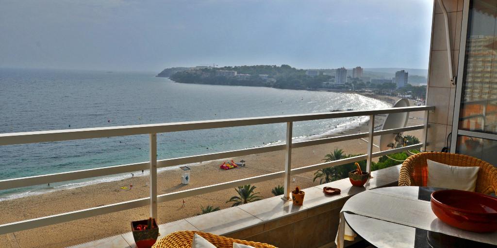- Wir können Mallorca.  Appartement mit sensationellem Meerblick in Magaluf.  Preis :  239.000,-- Euro  https://www.pur-mallorca.com/immo/id-1882-attraktives-meerblick-appartement-in-magaluf/…  #Mallorca #magaluf  #PURMallorca #appartement #poolanlage #meerblick #propertyforsale #mallorcasouthwest #mallorcalove #PMI #seaviewpic.twitter.com/YByLSANHKu