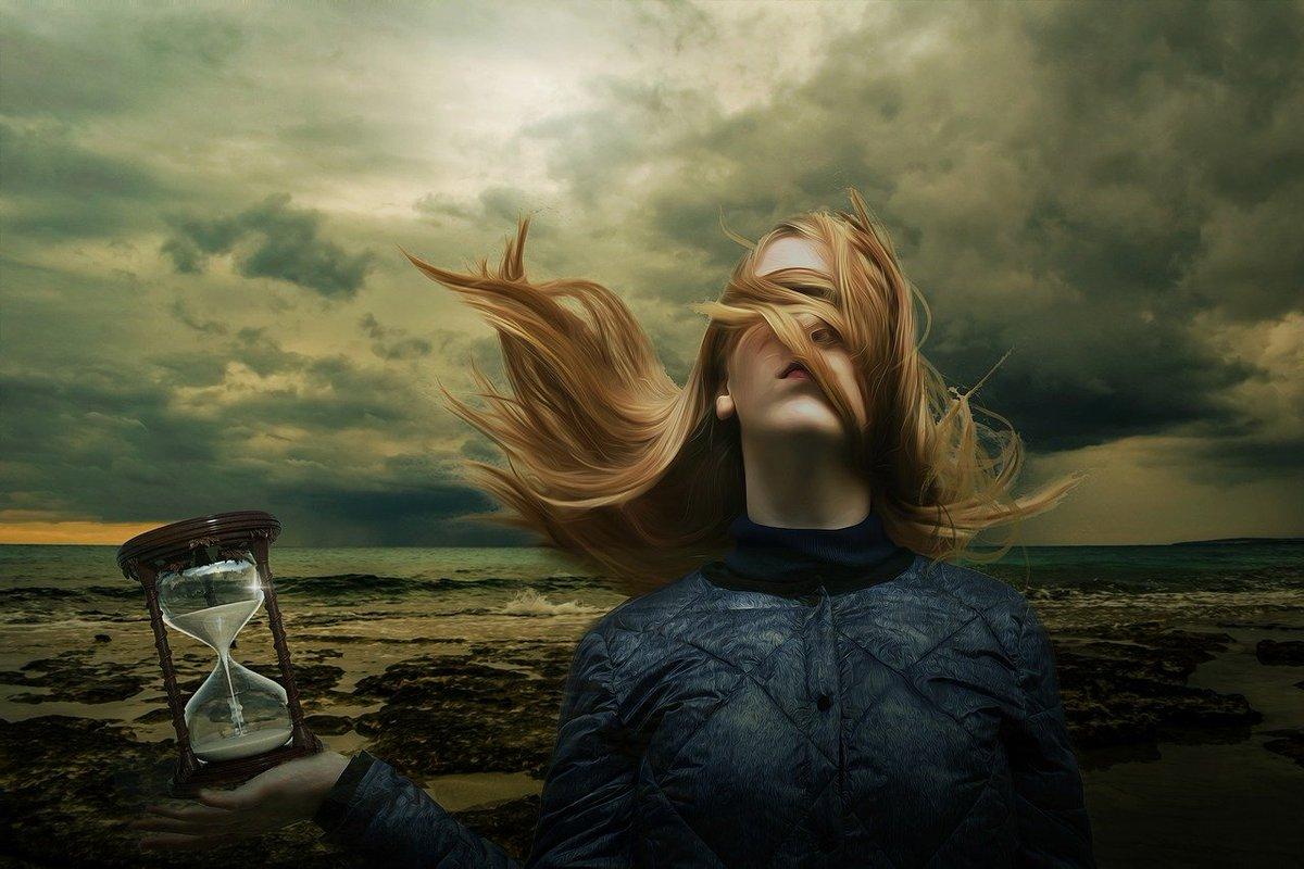 Veinticuatro horas son un siglo cuando la esperas a ella...  Abel Séptymus   Photo by: Darksouls1 pic.twitter.com/Yi0RM4meJv