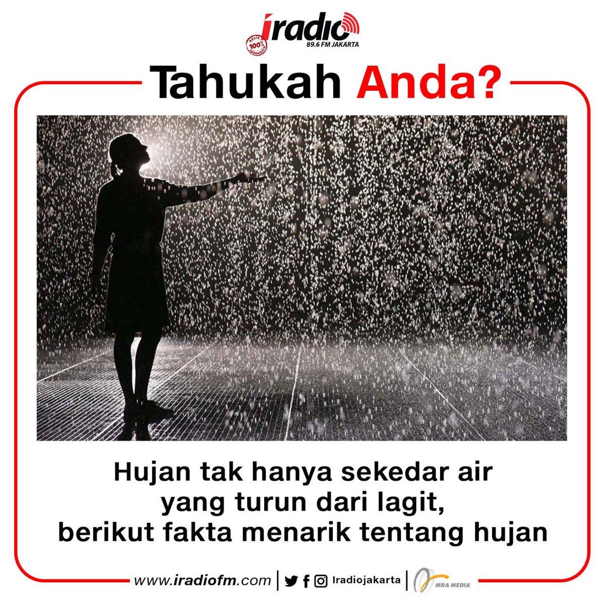 Emang lagi musim hujan, tapi jangan galau ya. Ada yang tau di slide terakhir itu foto siapa? Hehehe  - #TahukahAnda #FaktaMenarik #iradio #iradiojakarta #100persenmusikindonesiapic.twitter.com/a5ERCICcXM