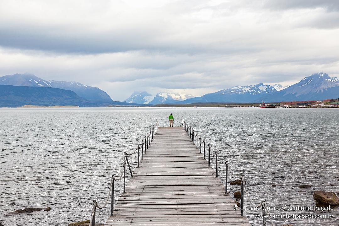 Puerto Natales, Chile.  #patagonia #chile #dicasdedestino  #blogmochilando #revistaqualviagem #loucosporviagem  #destinosimperdiveis  #igersbrasil #avidaelafora #missãovt #revistaviajar #natgeo #vivadeperto #essemundoenosso  #caminhotracado #trilhasetravessias #dicasdeviagempic.twitter.com/tMCpnsWiy9