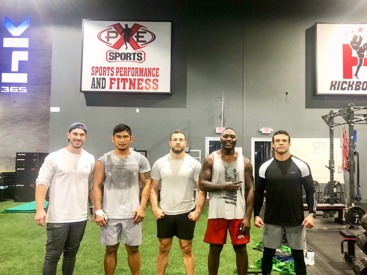 Morning S&C with Doc @DrCPeacock . With @GohkanSaki @Anthony_Rumble @vitorbelfort