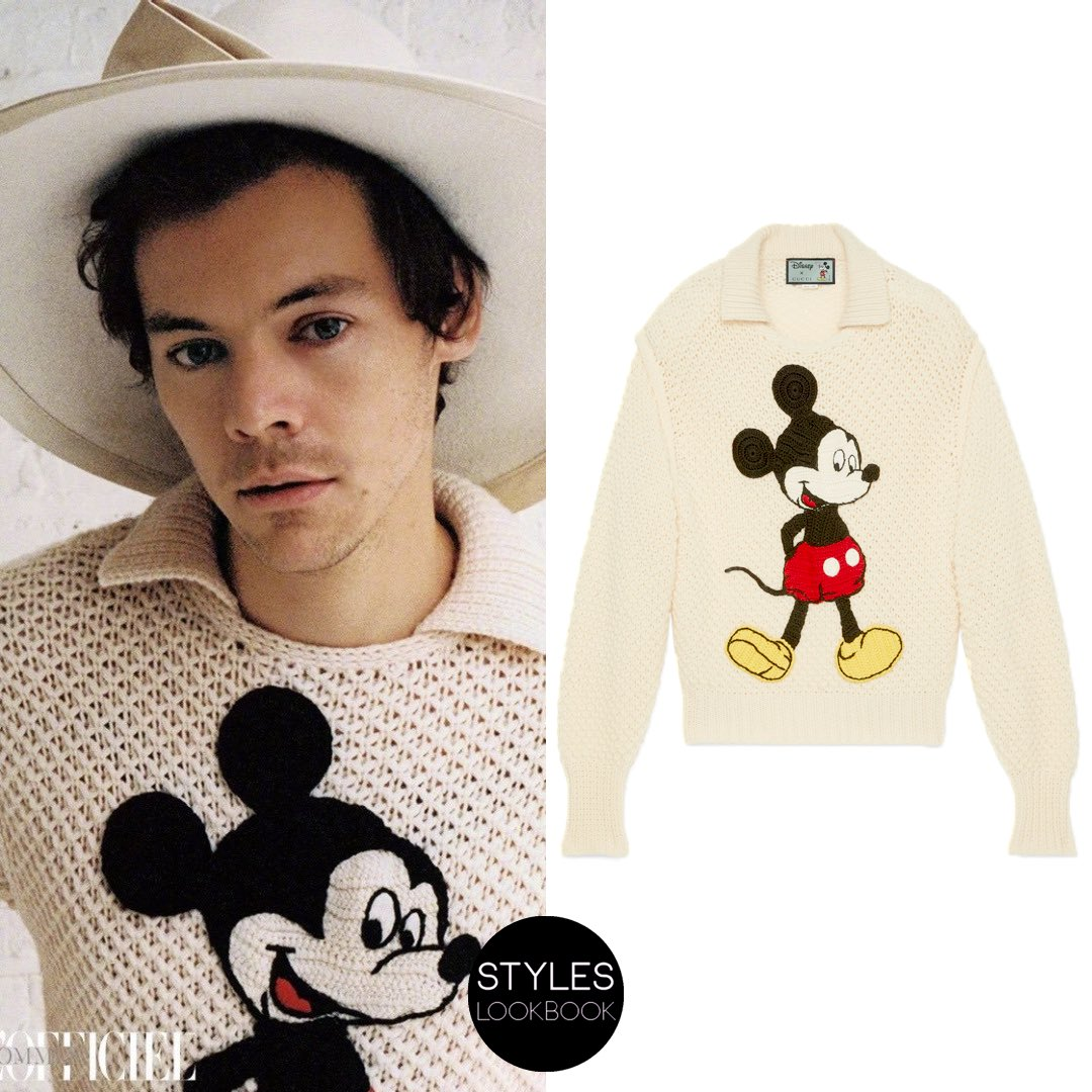 #Update On the cover of L'Officiel Hommes, Harry is a wearing a #Gucci ivory wool sweater ($2,200) from the Resort 2020 collection featuring a Mickey Mouse crochet patch and a shirt collar detail. https://styleslookbook.com/post/190164932682/styleslookbook-on-the-cover-of-lofficiel …   Daniyel Lowdenpic.twitter.com/ERfFnxtSJS