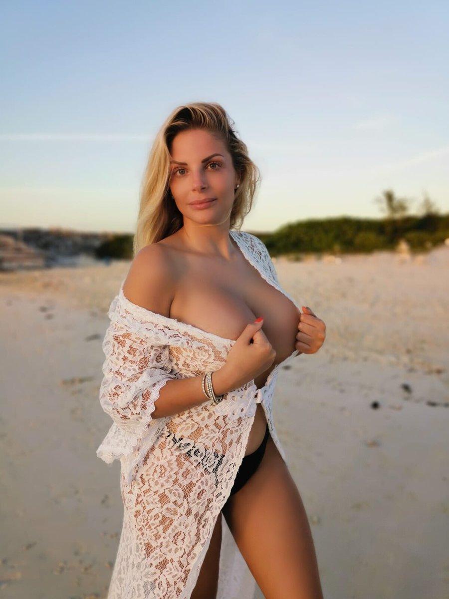 Nuda francesca cipriani 49 hot