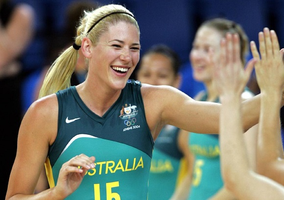 Australian basketball legend, Lauren Jackson, has been named as one of 12 finalists for the Women's Basketball Hall of Fame. 👏👏  DETAILS: http://bit.ly/JacksonFinalistWBHOF …  #WBHOF #basketball #WeAreBasketball
