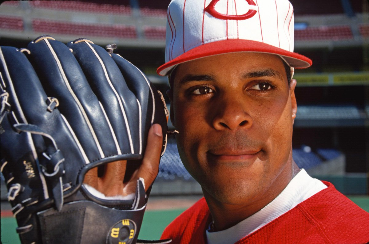 January 9, 2012: Barry Larkin is elected to the @baseballhall in his third year of eligibility after being named on 84.6% of the ballots. He was a 12x All-Star, 9x Silver Slugger, 3x Gold Glover, the 1995 NL MVP and the leader of the 1990 World Series champion Reds. #RedsVault
