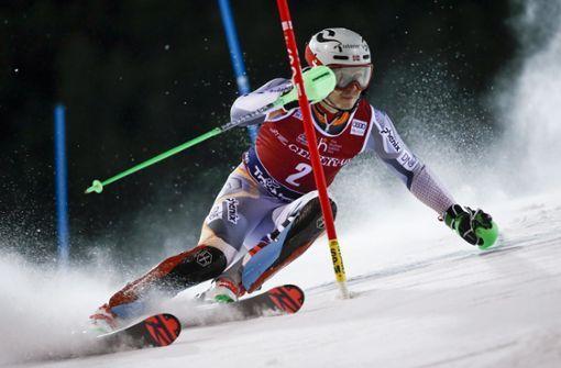 Techniktrends für Skifahrer: Wenn der Skilehrer in der Brille steckt http://bit.ly/2TlL9DBpic.twitter.com/L0l46nng7p