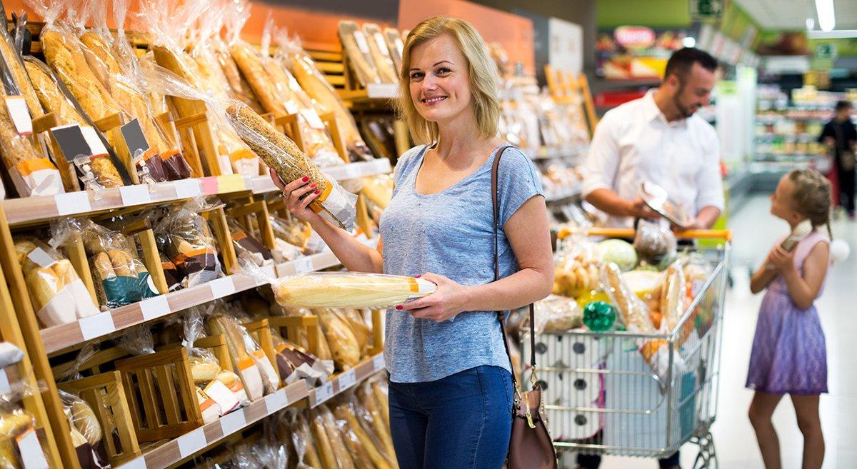 De supermarktbranche heeft vorig jaar ruim 40 miljard euro omgezet. In vergelijking met 2018 betekent dat een groei van 4,2%. De BTW-verhoging begin 2019 geldt als een van de belangrijkste groeidrijvers, net als de online verkoop.  #supermarkt #boodschappen