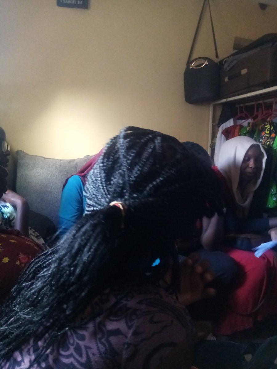 @NassurYasmin we need to politicize feminist ideologies in the grassroots to strengthen the movement so women rights can be respected @oeditar @SusanMueni18 @RuthJuliet5 @angieayieko @unicorngirlsre1 @everlynebowa #SustainableFeministForum #FeministPower pic.twitter.com/eI6y1Dq4bU