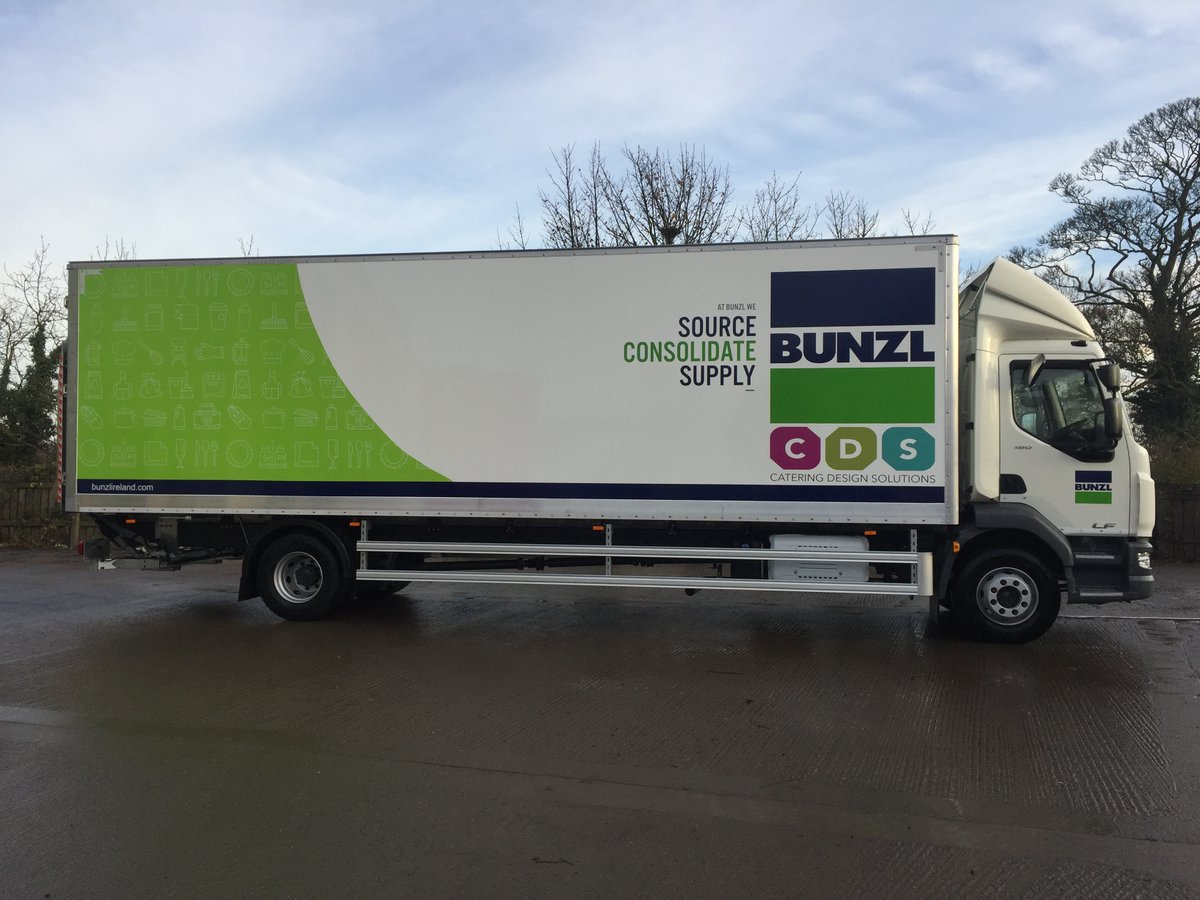 test Twitter Media - Can't decide if you need a Curtainsider or a Box Body....? Just have both!  16t DAF LF ½ Curtainsider ½ Box Body with Dhollandia Cantilever Tail Lift,  Livery by MW Graphics Curtains supplied and sign written by Andrew Mitchell & Co  With thanks to Prohire Group & Bunzl https://t.co/NsbZHjK8aS