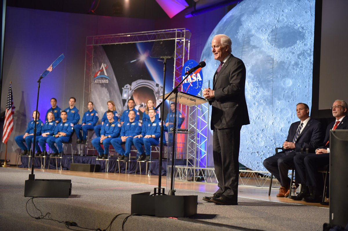 I was in Houston earlier today speaking to @NASA's newest astronauts. I'm in awe of the great work done by everyone at @nasa_johnson every single day and honored to be one of the first to congratulate this impressive group of astronauts. Godspeed!