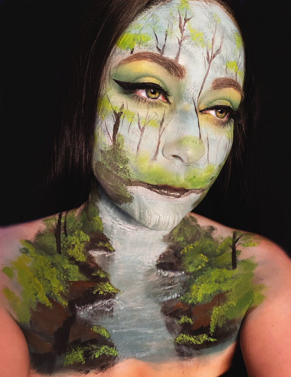 Happy little trees   Bob Ross bodypaint from last night's epic stream (based on The Joy of Painting S10Ep4).   Thank you for celebrating a year of streaming with me  Hell yeah!  #twitch<br>http://pic.twitter.com/qf9DPQgCtk