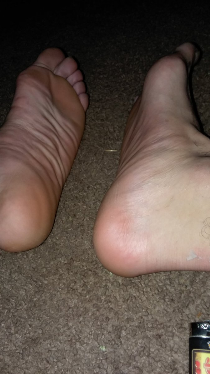 Its #FagTaxFriday losers & these Mother Fucking #AlphaFeet need #Worshiped its time to $erve, $ubmit & $end this #CashKing what the Fuck he deserves Understood!? On your #Pathetic ass Hands & Knees with that #FagWallet in your mouth that #FagCash belongs to Me #MixedMaster 🤴🤑 https://t.co/U0bbn4WogA